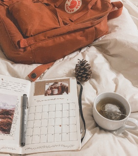 journal, vibes and kanken
