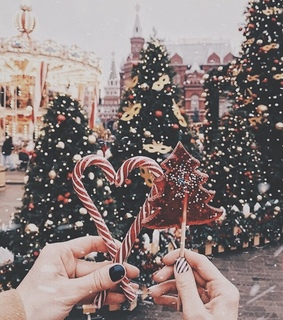 christmastree, candy and winter