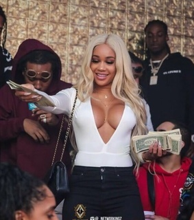 migos, saweetie and icy girl