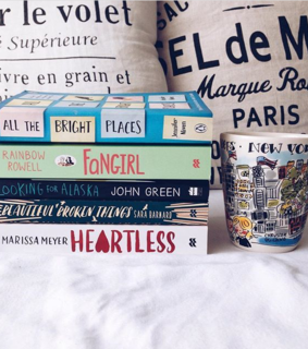 new york, books and fangirl