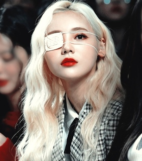 icon girl psd, jinsoul psd and loona psd