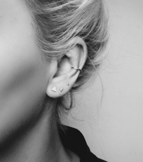 peircings, earring and conch