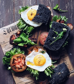 food photography, green and newspaper
