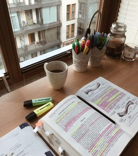 cozy rooms, stationary and studying motivation