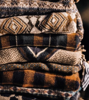 thanksgiving day, rustic and sweaters
