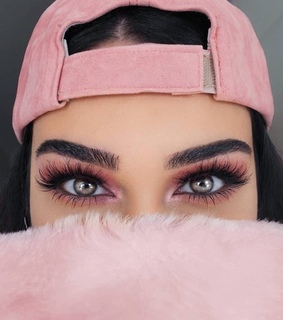 gorgeous, pretty and fake lashes