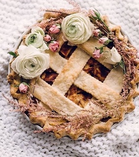 food, yum and apple pie
