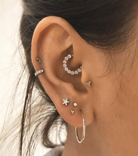snug, diamonds and lobe