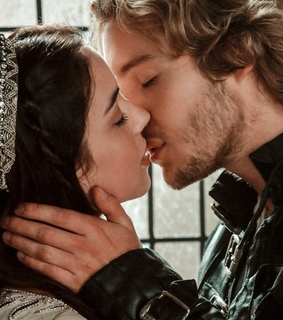 reign, royals royalty and queen mary stuart