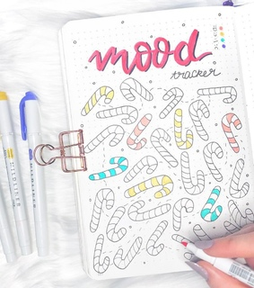 moodtracker, bullet journal and journaling