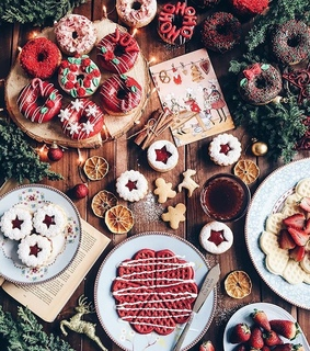 food, festive and christmas cookies