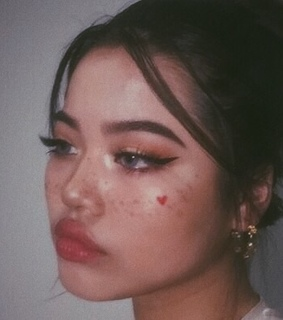 vintage aesthetics, aesthetic icons and girls