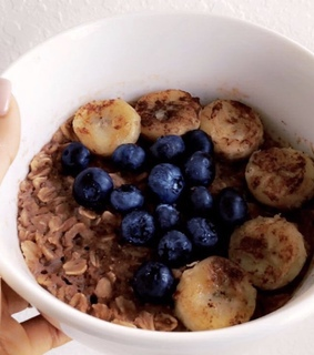 overnight oats, vegan and bananas