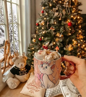 christmas, hot cocoa and aristocats