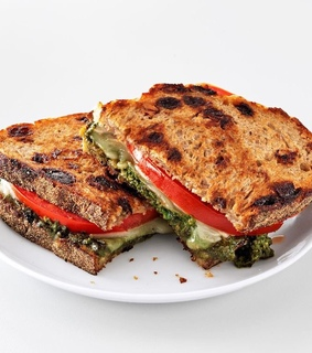 toastie and sandwich