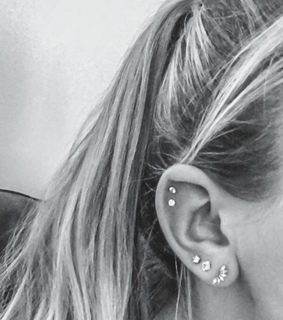 tumblr, piercing and girl