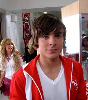 ashley tisdale, troy bolton and hsm3