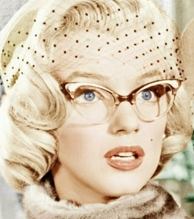 monroe, blue eyes and marry