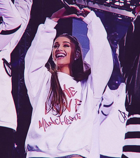 smile, ariana grande and aesthetic