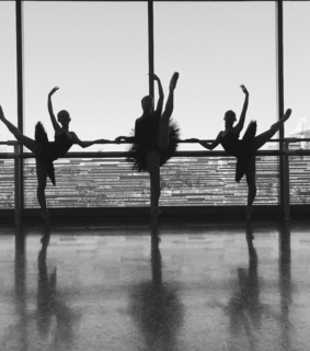 reflection, ballerinas and photography