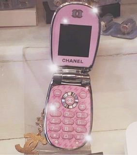 aesthetic, flip phone and 2000s