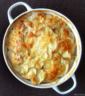 scalloped potatoes, cheesy and dinner
