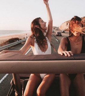 best friends, girls and road trip