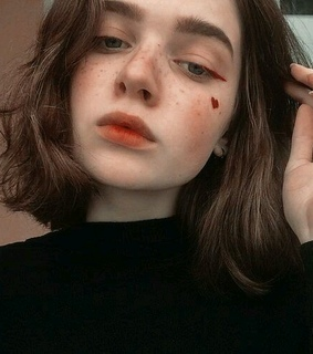 red, tumblr and makeup aesthetic