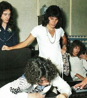 rock, freddie mercury and studio