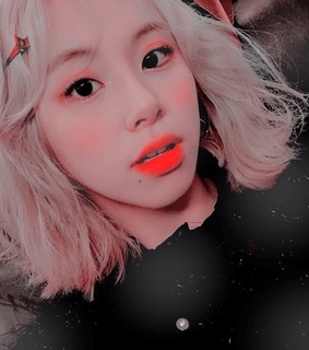 bright, edit and chaeyoung theme
