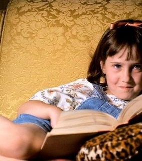 book lover, 1996 and matilda 6 mitica