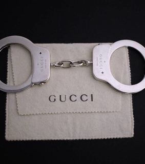 handcuffs, gucci and aesthetic