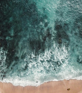 sea, sand and aesthetic