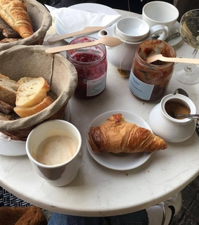 bread, wanderlust and aethic