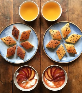 healthy, symmetry breakfast and cake