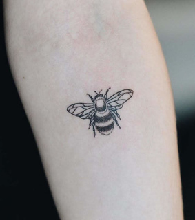 bee tattoo, arm and bee