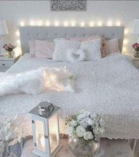 fairy lights, bedroom and pink