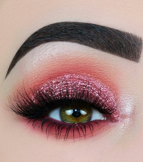 chic, pink eyeshadow and girly