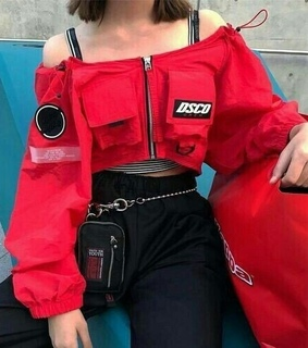 noce outfit, red and red top