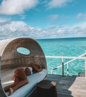 vibes, goals and vacation