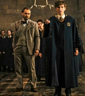 albus dumbledore, actors and hogwarts