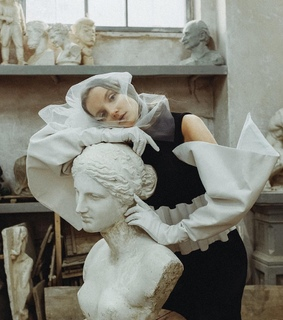 statue, picture and pale