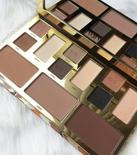 nude colors, beauty and eye shadows