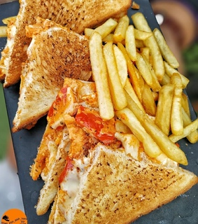 toastie, chips and sandwich