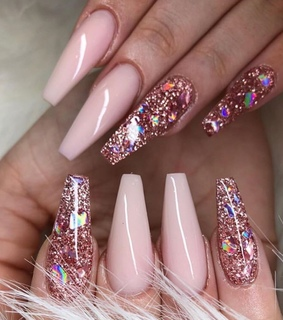 pink nails, style and inspiration