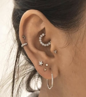 tragus, helix and earring