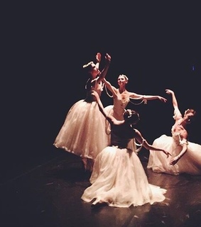 dance, theatre and ballet