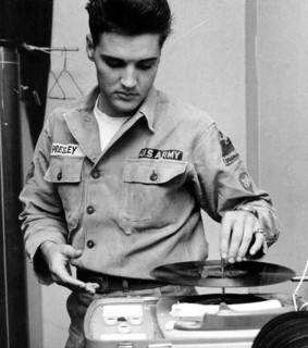 black and white, elvis and music