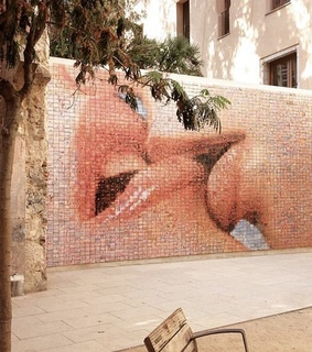 kiss, love and travel