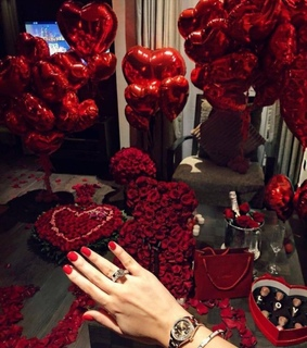 girly, ring and ballons